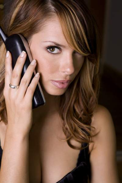 Live Personals Chatline 1-800 Personals For - Dating - Flirting - Free Trial - One Of The Top Personals Chatlines